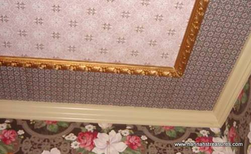 Home Ideas: Vintage Wallpaper on Ceiling or Inside Closet (Hannah's Treasures Vintage Wallpaper Blog)
