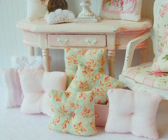MemoriesnminiatureDollhouseThrowPillows
