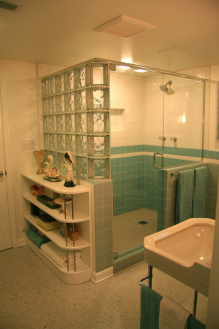 Nanette S 1940 S Vintage Bathroom Hannah S Treasures