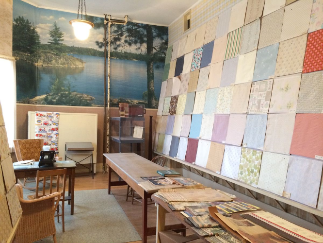 vintage wallpaper store, old wallpaper viewing room