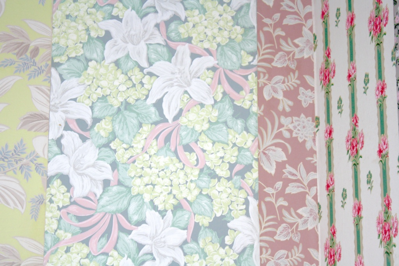 Vintage Wallpaper - Hannah's Treasures