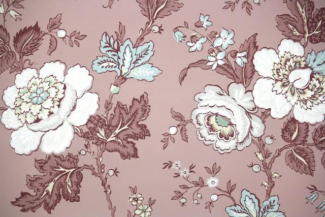 1950s floral vintage wallpaper
