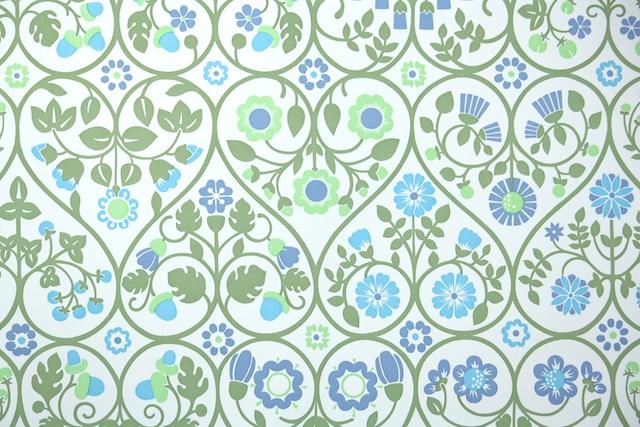 Retro Floral Wallpaper From Hannahs Treasures Vintage