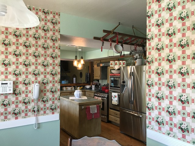 Vintage Country Kitchen with Hannah's Treasures Vintage Wallpaper