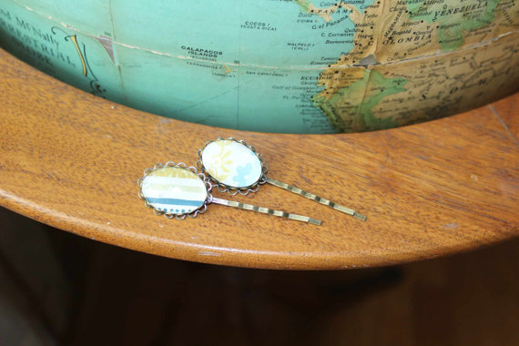 vintage wallpaper hairpins by Vintagetypegirl on Etsy