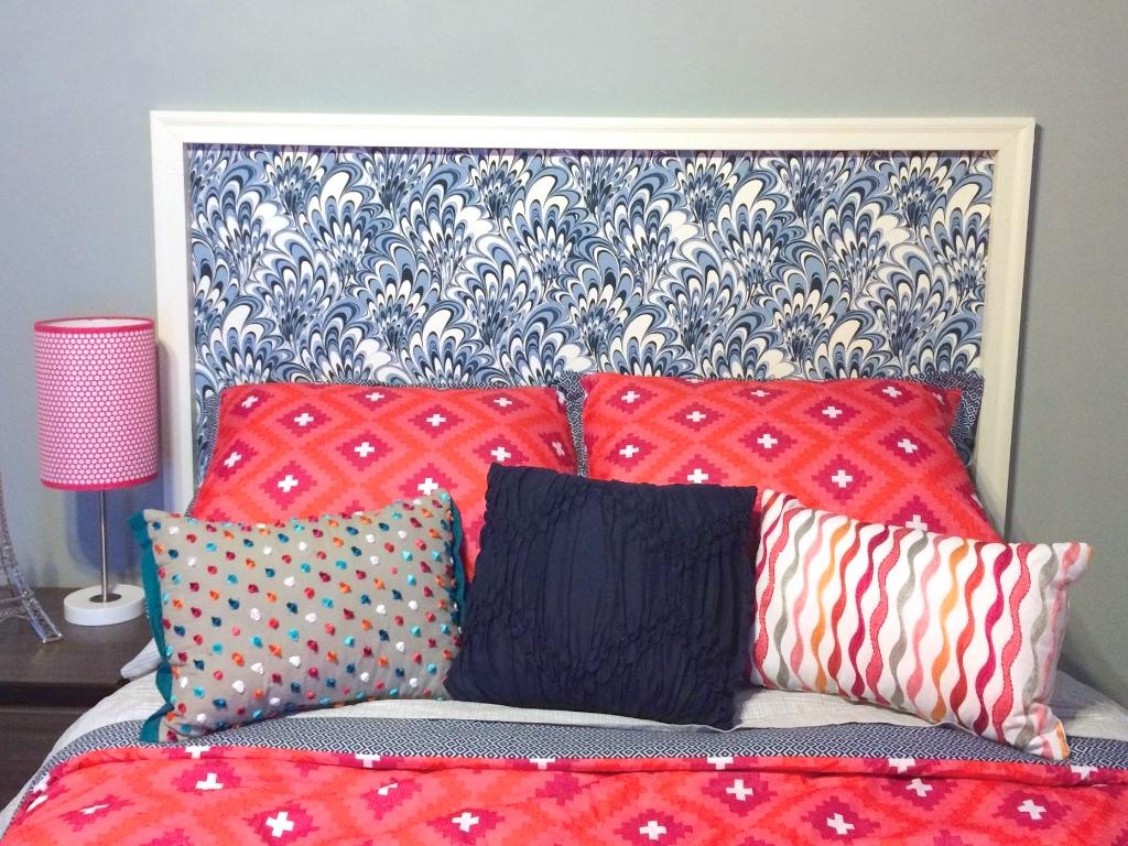 teen room idea: vintage wallpaper headboard (hannah's treasures