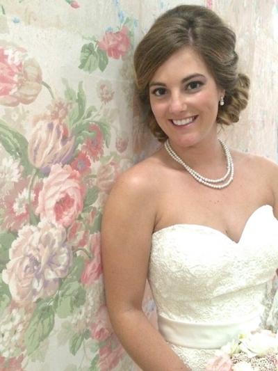 vintage wallpaper wedding photo backdrop
