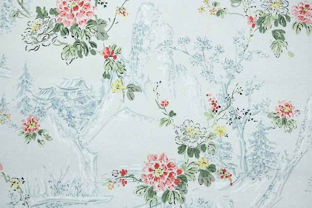 1930s European Floral Vintage Wallpaper from Hannahs Treasures