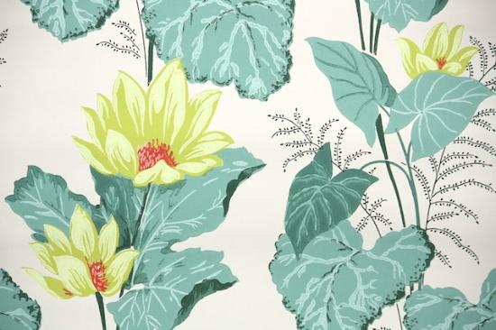 Water Lilies Bathroom Vintage Wallpaper from Hannah's Treasures Vintage Wallpaper